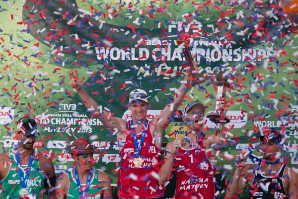 I nuovi Campioni del Mondo olandesi Brouwer-Meeuwsen (foto fivb.org)