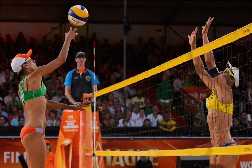 Mondiali 2015: Il video della finale femminile tra Barbara/Agatha e Lima/Fernanda