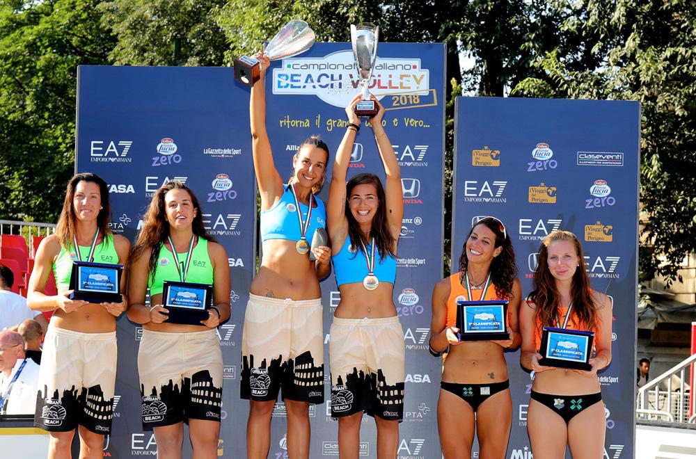 podio donne campionato italiano 2018 beach volley milano