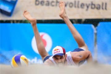 World Tour Finals Amburgo: Nicolai/Lupo sconfitti 2 a 1 dai russi Stoyanovskiy/Velichko. Alle 19.45 nei quarti sfida ai polacchi Bryl/Fijalek